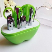 https://www.himelshop.com/Stainless-Steel-Manicure-Set-for-Nails-Scissors---Green-